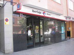 Ibercaja se vuelca en fondos de inversi n y en banca for Oficinas de ibercaja en madrid