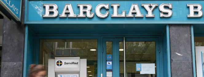 Caixabank plantea reducir en empleados la plantilla for Barclays oficinas madrid