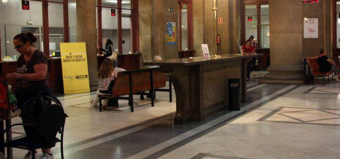 El plazo para pedir el voto por correo termina ma ana for Oficina central correos madrid