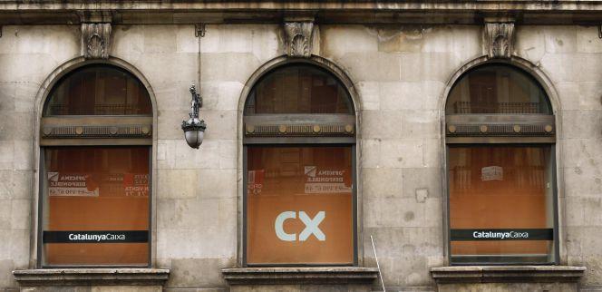 Catalunya banc dejar de aplicar la cl usula suelo en sus for Catalunya banc oficinas