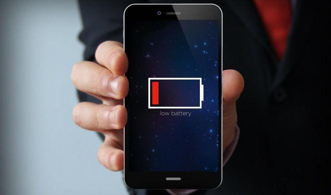 Las baterías actuales de los teléfonos móviles tienen una vida útil de un año   Lifestyle   Cinco Días