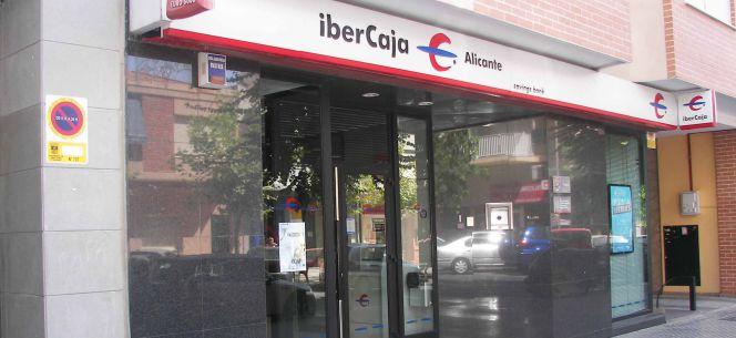 Ibercaja gana 28 9 millones hasta marzo un 32 menos for Ibercaja oficinas zaragoza