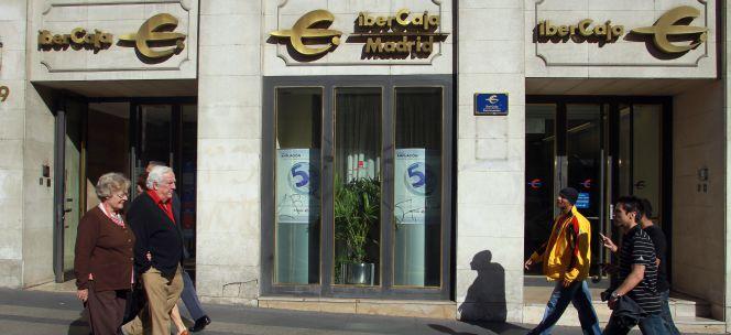 Ibercaja devuelve las primeras ayudas y busca socios para for Oficinas de ibercaja en madrid