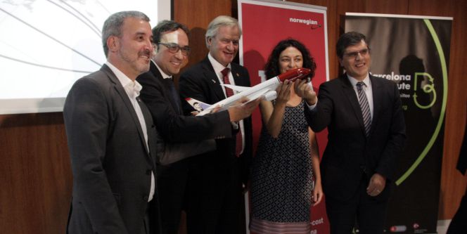 Oferta vuelos norgewian lanza vuelos 39 low cost 39 entre for Vuelos barcelona paris low cost
