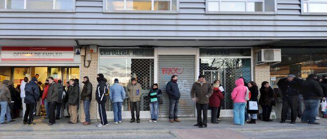 El 55 de los directivos exige una revisi n de la reforma for Oficina adecco madrid