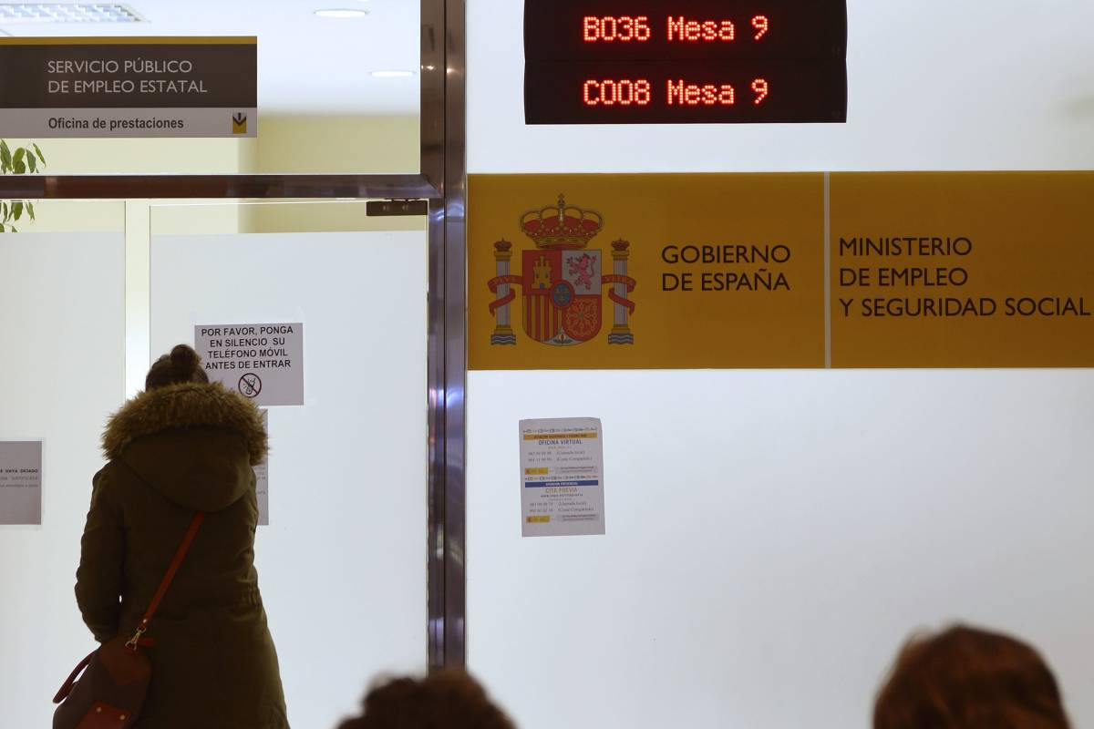 Sevilla en el mercado hay inter s por invertir en bankia for Calcular clausula suelo banco popular