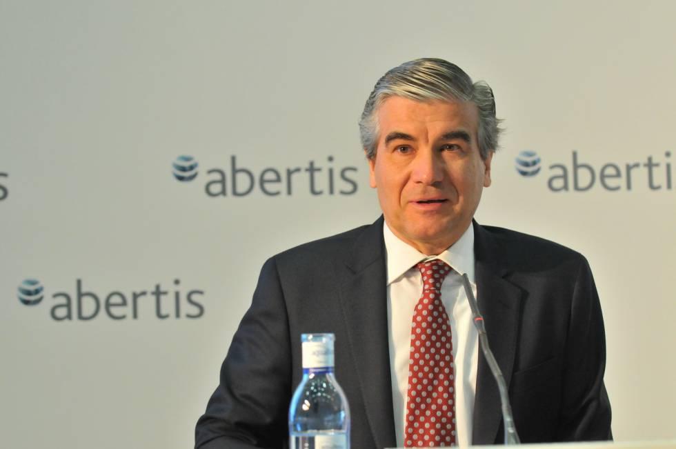 El Gobierno velará por Hispasat en oferta de Atlantia a Abertis