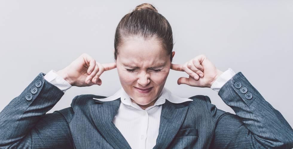 El ruido en la oficina un mal que estresa m s que el jefe for Ruido oficina