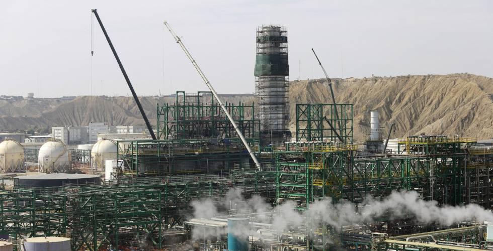Precios del petróleo suben estimulados por reunión OPEP
