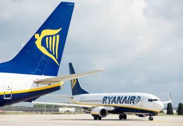 Ryanair busca pilotos para frenar su crisis en plena batalla con Norwegian
