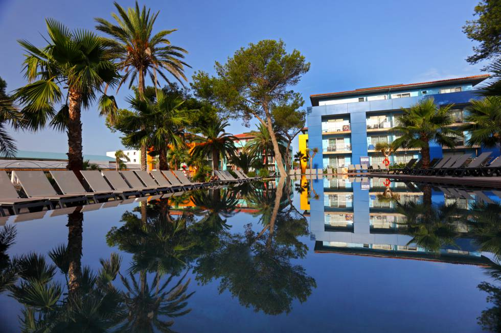 Occidental Menorca Hotels.