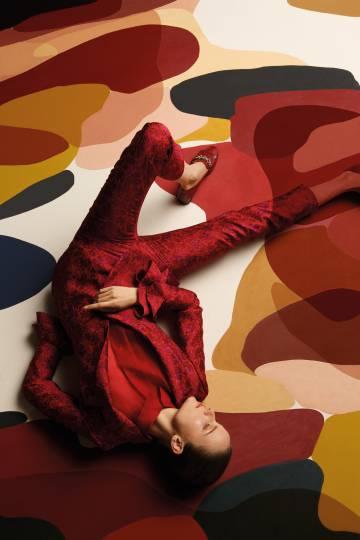Uno de los modelos de la nueva colección de Uterqüe, en la que ha participado Clàudia Valsells.