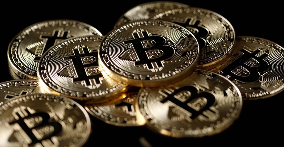 Bitcoin perdió el 50% de su máximo histórico — En caída libre