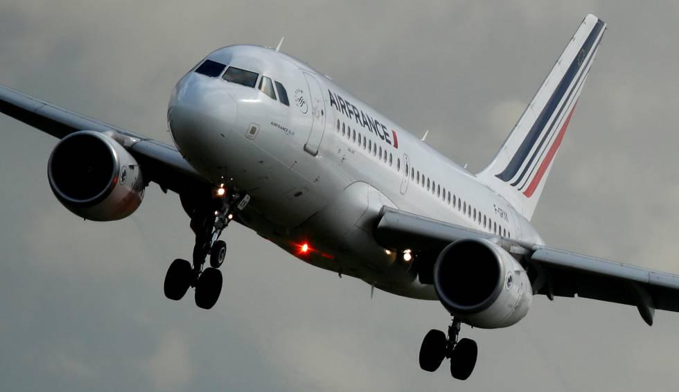 Gobierno francés advierte que no asumirá deuda de Air France