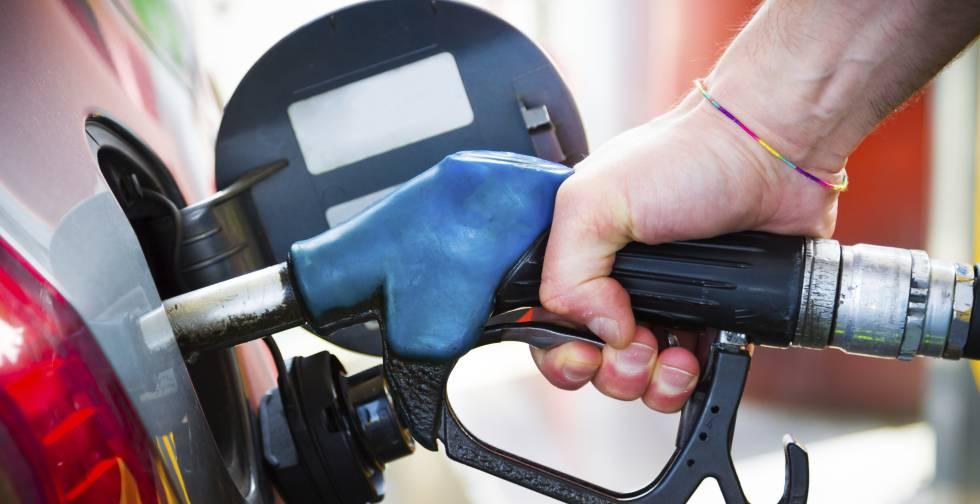 El precio de la gasolina escala a máximos de finales de 2014