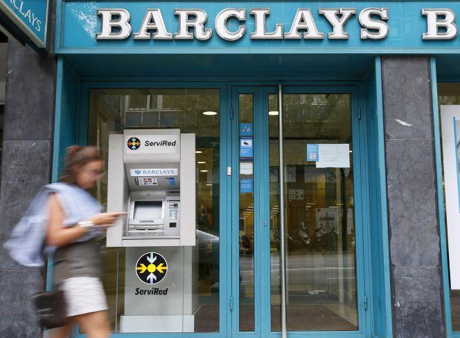 caixabank se hace con barclays por 820 millones mercados