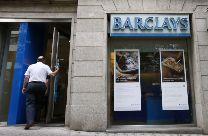 Caixabank ofrece 30 d as por a o a las bajas voluntarias for Barclays oficinas madrid