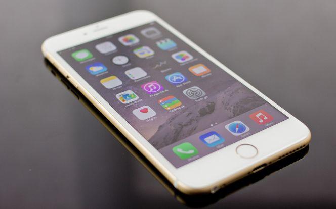Resultado de imagen de iphone 6 en la mano