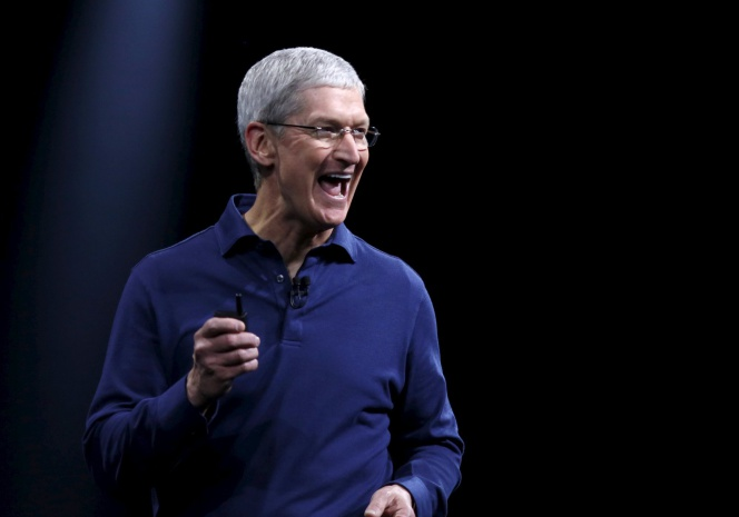Apple CEO Tim Cook delivers his keynote address at the Worldwide Developers Conference in San Francisco, California June 8, 2015.  REUTERSRobert Galbraith
