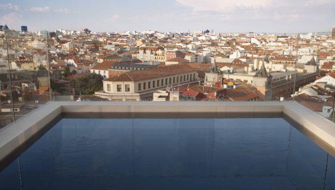 Otro hotel de lujo y con piscina en la gran v a Hotel lujo sierra madrid