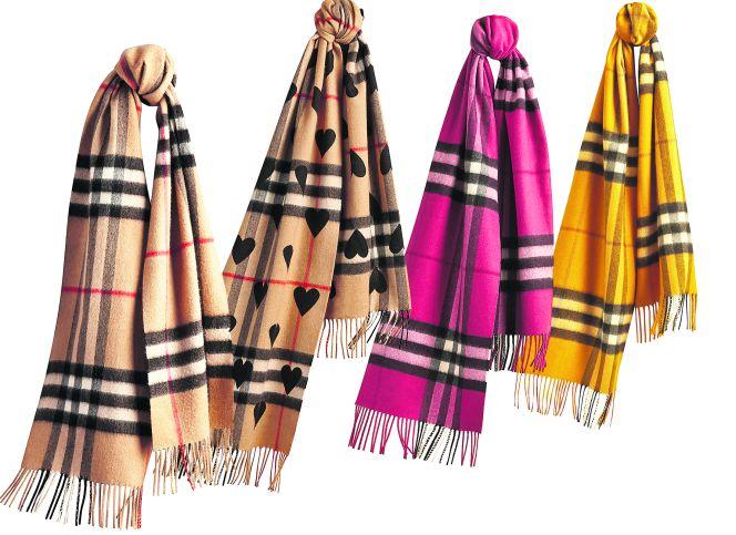 nuevo producto 35960 79902 Moda: La bufanda de Burberry se reinventa | Sentidos | Cinco ...