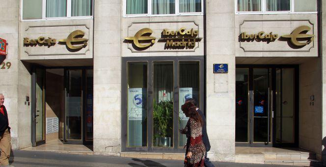 Ibercaja vende una cartera de pr stamos de 700 millones for Ibercaja banco oficinas