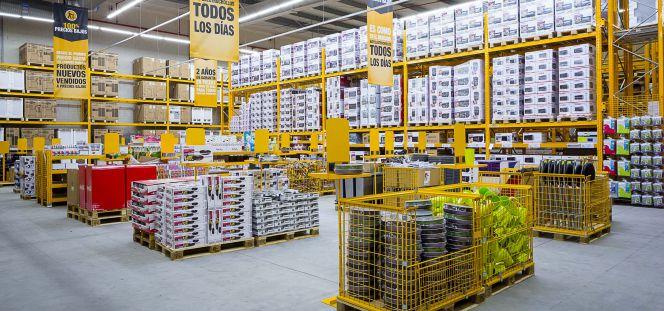 6c21a76c3 Los dueños de Alcampo lanzan un órdago a Media Markt en España ...