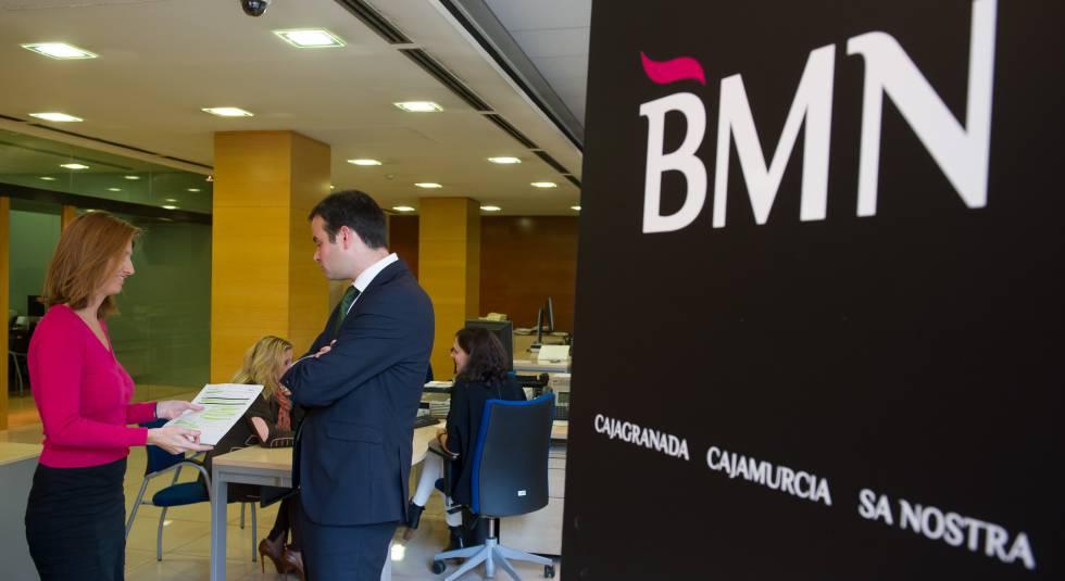 Bankia analizar una reestructuraci n laboral tras for Oficinas de bankia en zaragoza