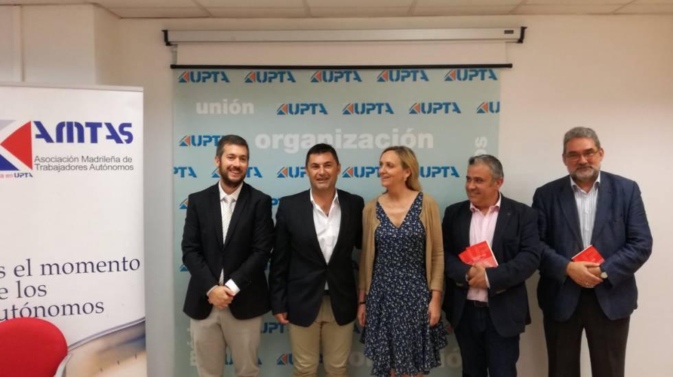 Responsables de UPTA con los últimos directores generales de autónomos.