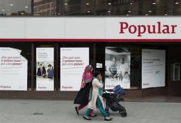 Los trapos sucios en la crisis y ca da de popular for Oficinas banco popular murcia