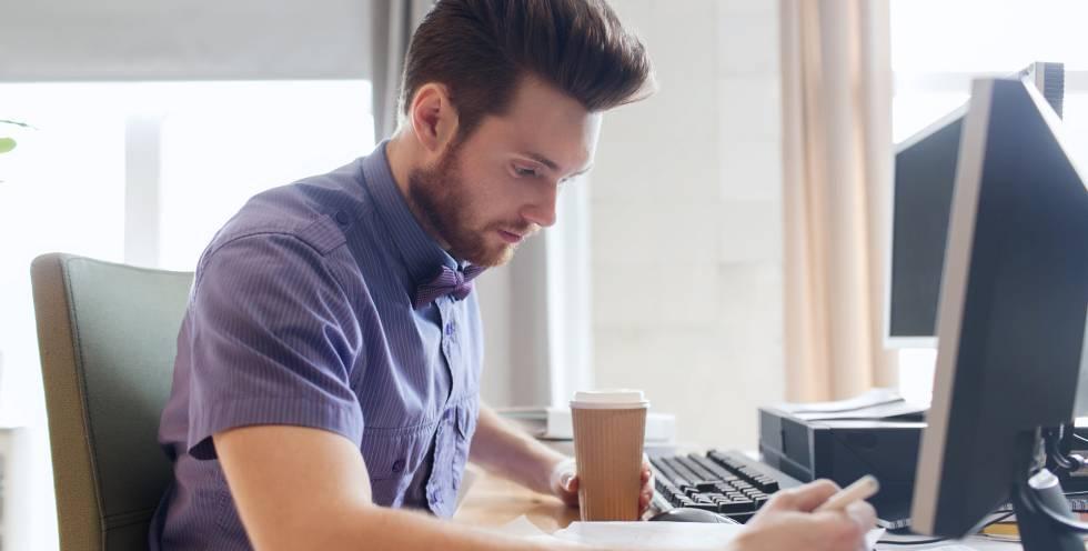 Formas legales de emprender en solitario sin darse de alta en autónomos