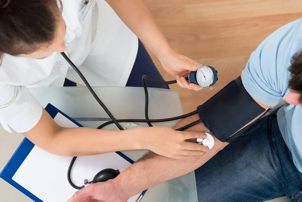El reto de atender a los pacientes crónicos sin mirar su código postal