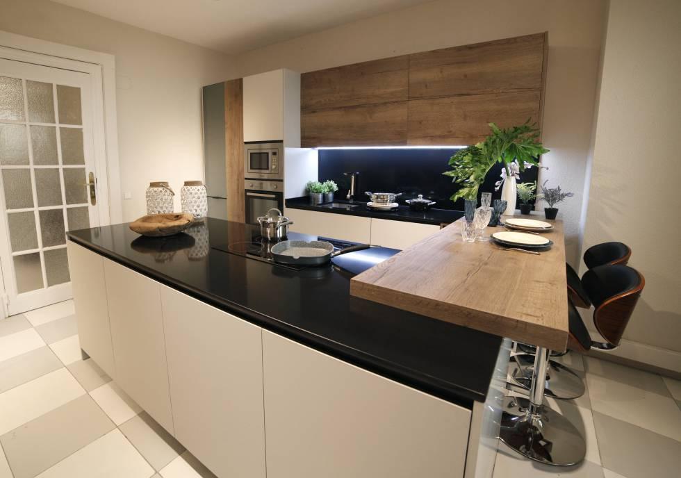 Inmobiliario as es la vivienda ideal de los espa oles for Cocina unida a salon