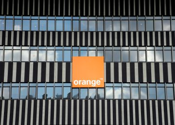 Orange sigue su reorganización y disuelve su filial en Cataluña