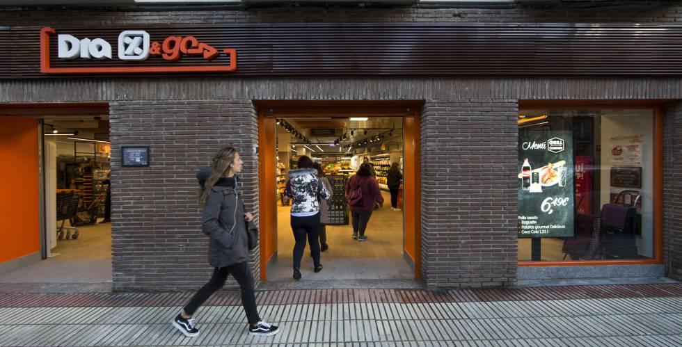 Dia prueba una nueva cadena de tiendas de conveniencia compa as cinco d as - Horario oficina correos madrid ...