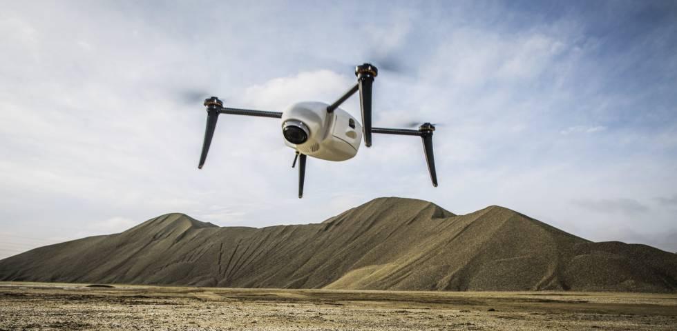 Fomento lanza un plan para multiplicar por diez el número de drones en España