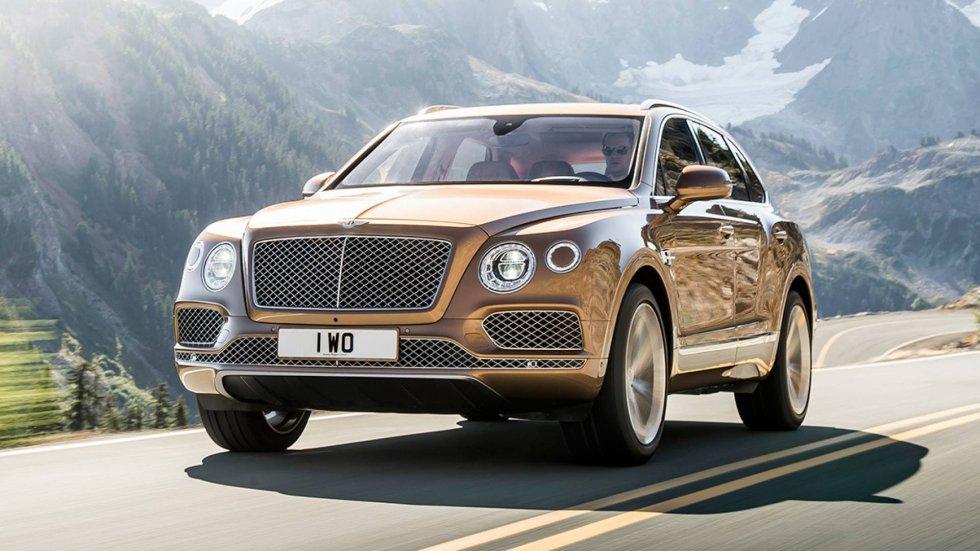 Bentley ha vendido en este periodo 21 coches, de los que 10 corresponden al modelo Bentayga, un vehículo deportivo todoterreno para todo uso que ofrece una experiencia de conducción excepcional. Además de tener el motor más avanzado de su categoría, permite al cliente personalizar su compra, tanto en el exterior del vehículo como en los acabados interiores. El precio oscila en los 235.000 euros.