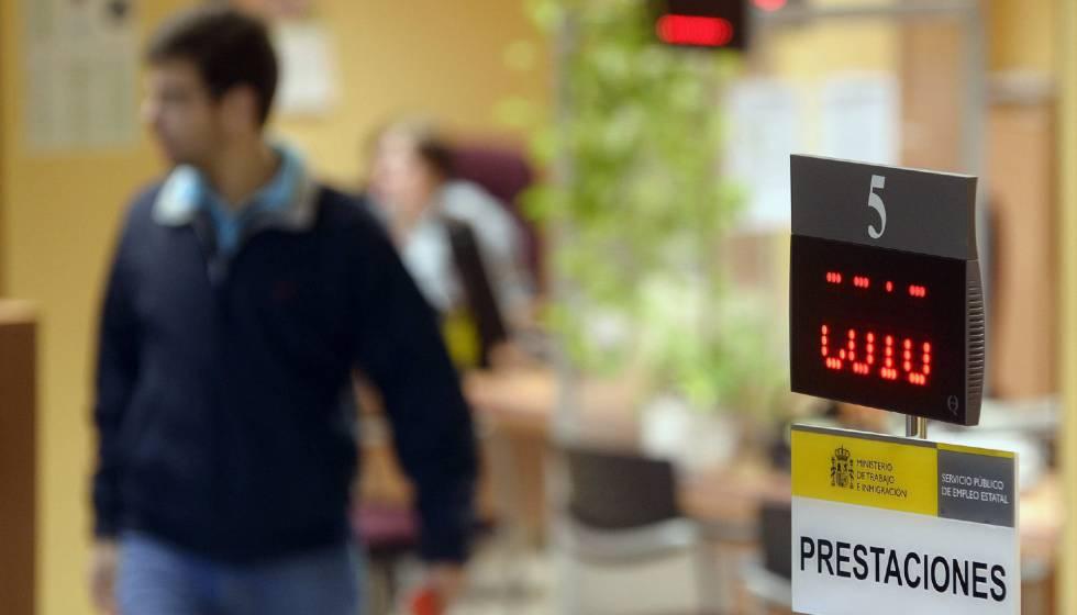 El Gobierno aprueba la reanudación del subsidio de 430 euros para parados de larga duración