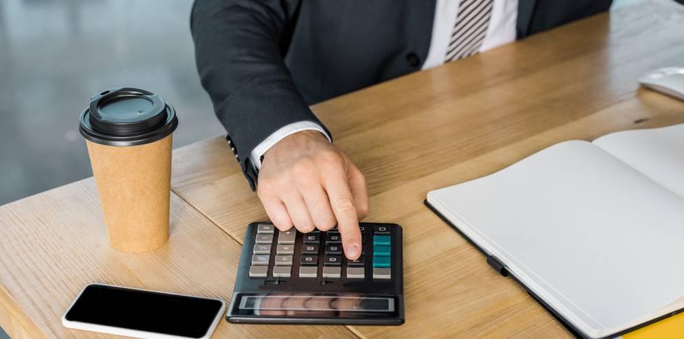 ¿Qué autónomos son los que deben retener IRPF en sus facturas?