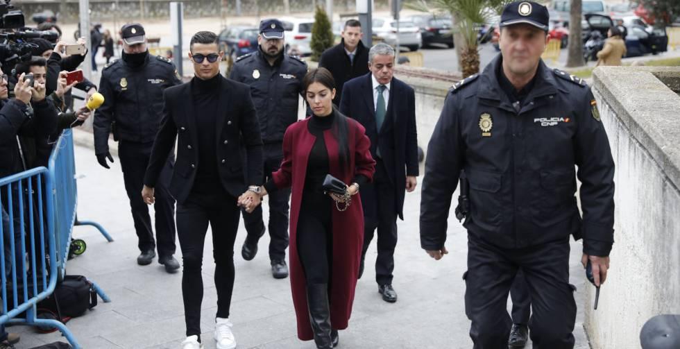 0413819967 El futbolista del la Juventus de Milán, Cristiano Ronaldo, acude a la  Audiencia de