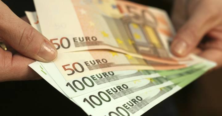 El número de billetes se ha triplicado desde la puesta en marcha del euro |  Economía | Cinco Días