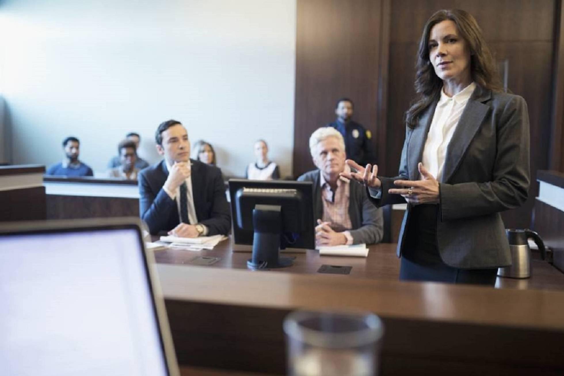 El abogado y el testigo
