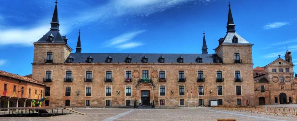 Resultado de imagen de Plaza y Palacio Ducal lerma