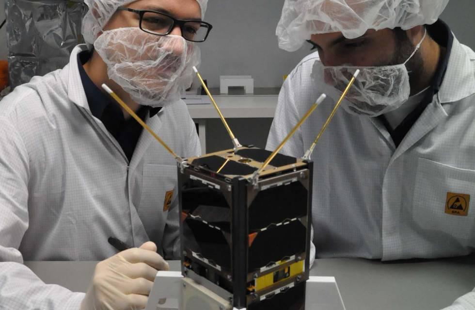 Uno de los nanosatélites desarrollados por la 'spin-off'.
