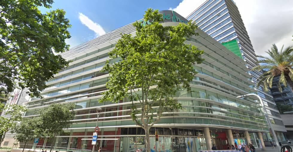c4585dcc53ac El Corte Inglés cierra su mayor venta: 152 millones por la tienda de ...