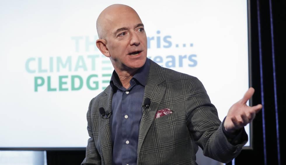 Bezos lanza un ambicioso plan verde para descarbonizar las operaciones de  Amazon | Compañías | Cinco Días