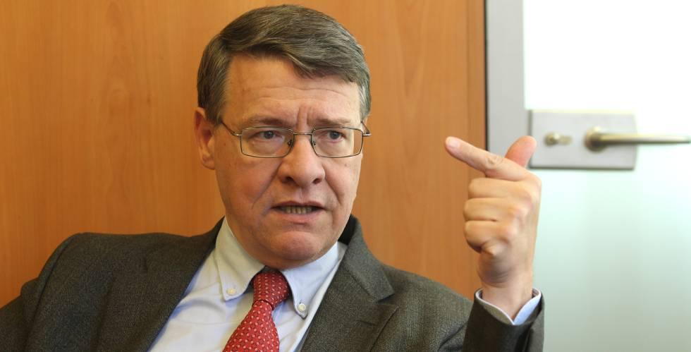 El presidente de Red Eléctrica y ex ministro socialista, Jordi Sevilla.