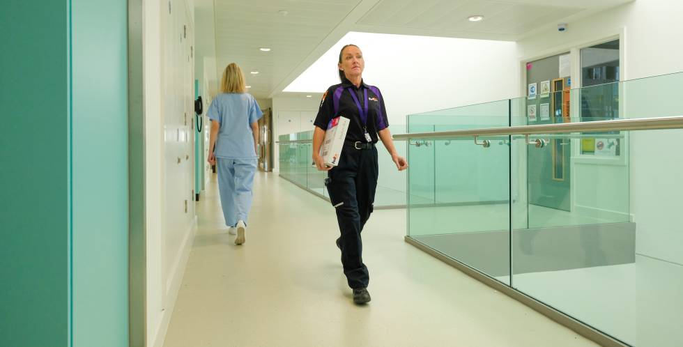 Find out how FedEx can help the health sector business