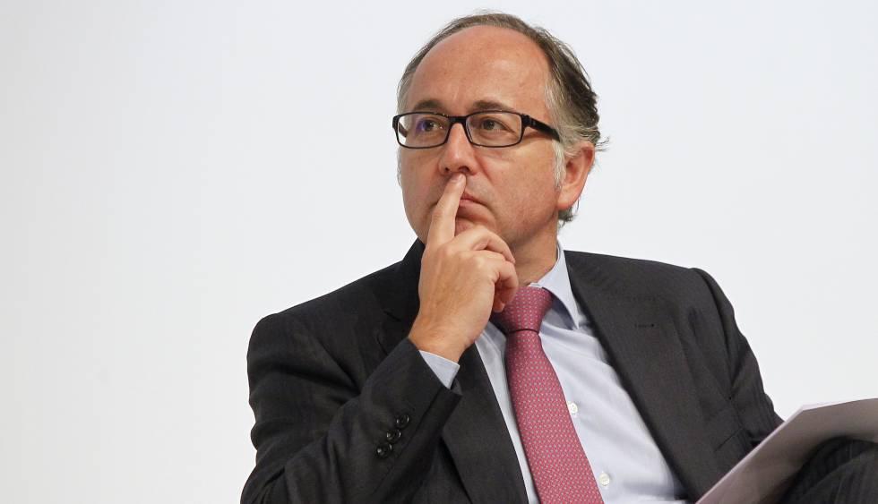 Iberia calcula que el AVE le llevaría hasta 400.000 viajeros extra a la 'T4' de Barajas