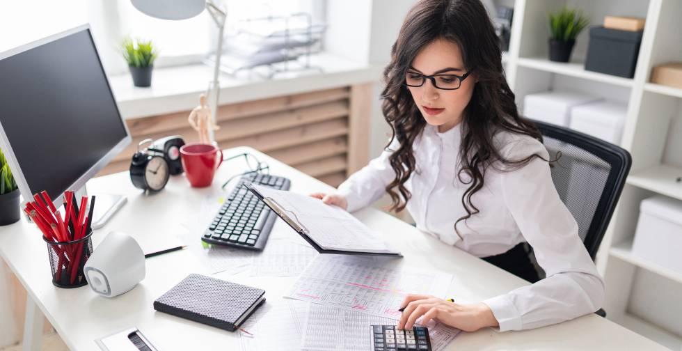 Llega el Pre303: la nueva forma de presentar el IVA en autónomos | Autónomos  | Cinco Días